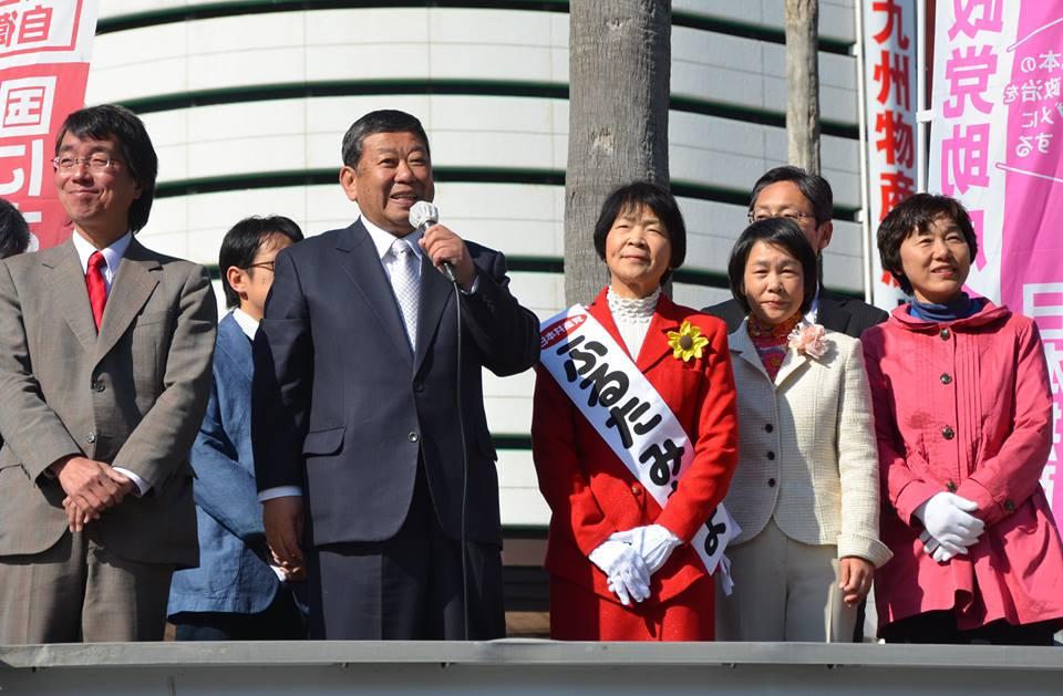 4県議予定候補が徳島駅前に勢揃い