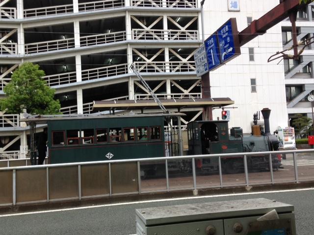 松山市を走る路面電車