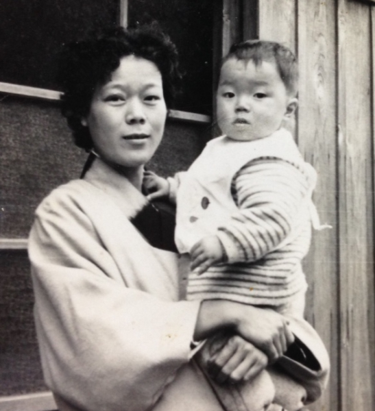 幼い私と母