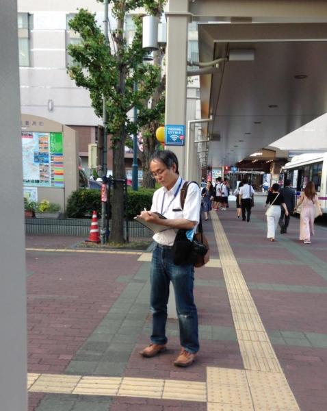 317 徳島新報記者の花岡さん